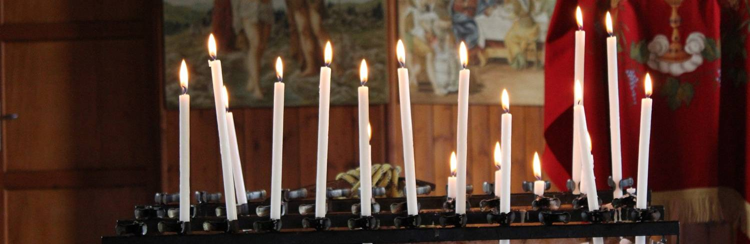 church-candles-1293640_1920