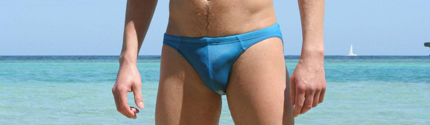 swimming-trunks-1113536